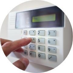 Systemy alarmowe, systemy monitoringu , kamery